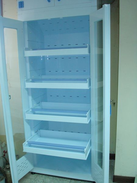 nthu_bmes_pp_solvent_cabinet_02