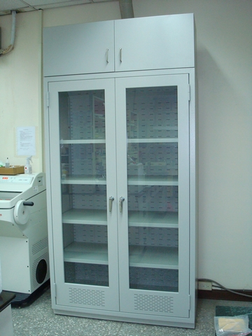 nthu_bmes_solvent_cabinet_01